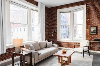 Hình ảnh Spacious DT Lofts with Full Kitchen by Zencity tại St. Louis