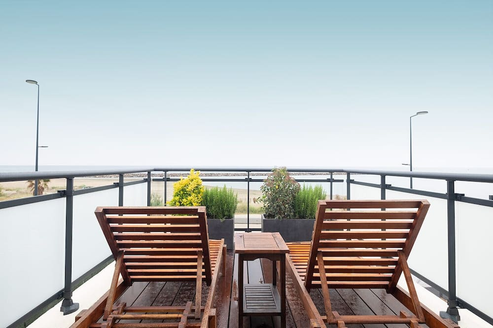 Superior Double Room, Sea View - Terrace/Patio