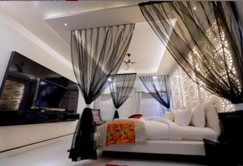 MK VIVANTA HOTEL, Gwalior, Executive Room, Guest Room