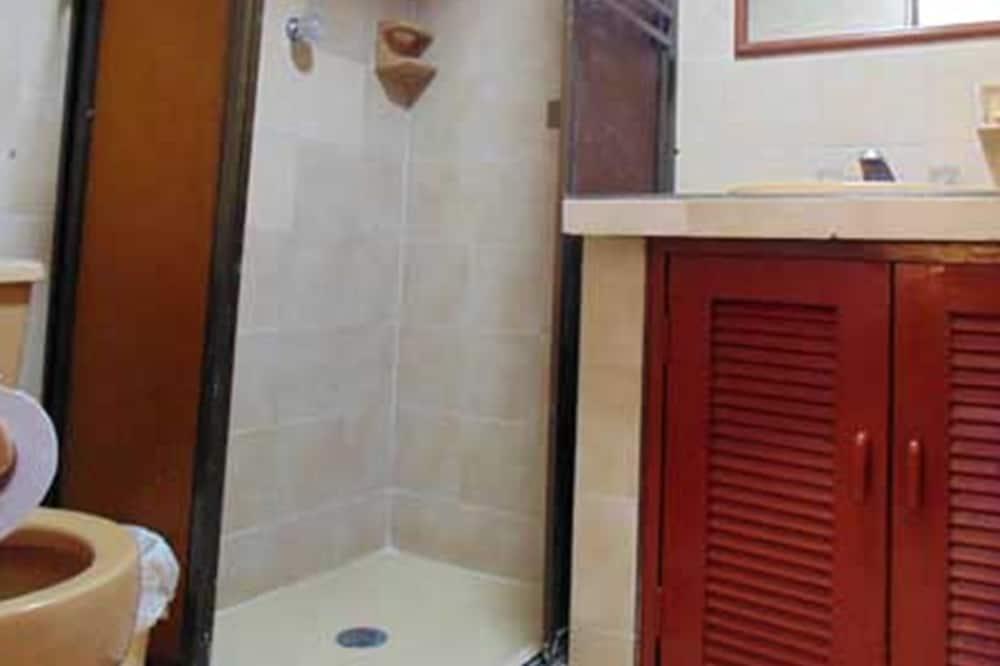 Dobbeltværelse - 1 soveværelse - eget badeværelse - Badeværelse