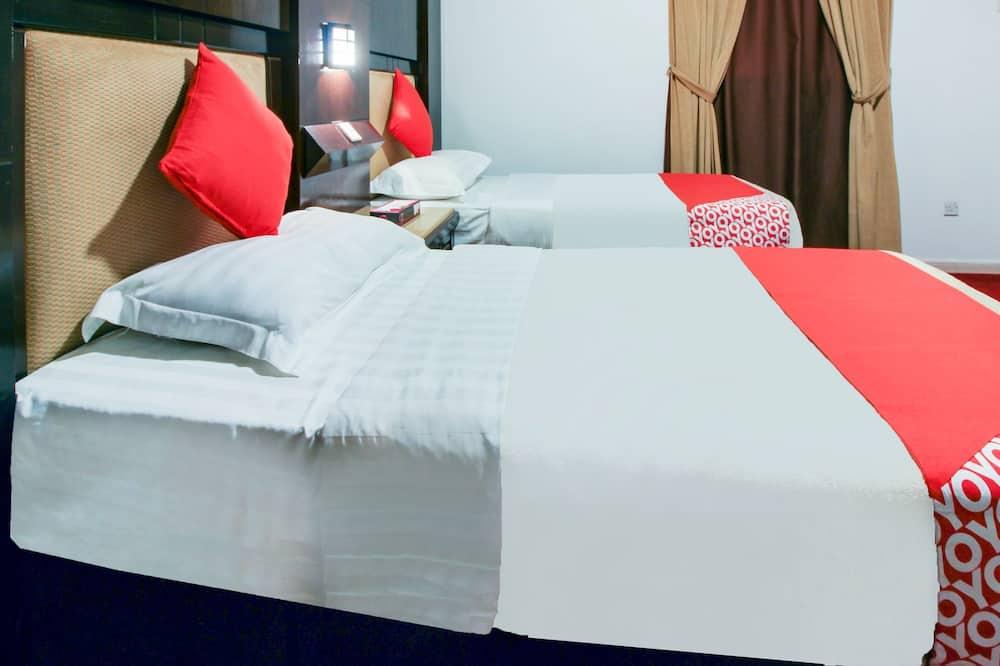 Deluxe Apartment, 2 Bedrooms - Guest Room