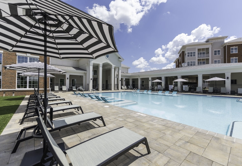 Silver Collection Hotel, Fredericksburg, Outdoor Pool