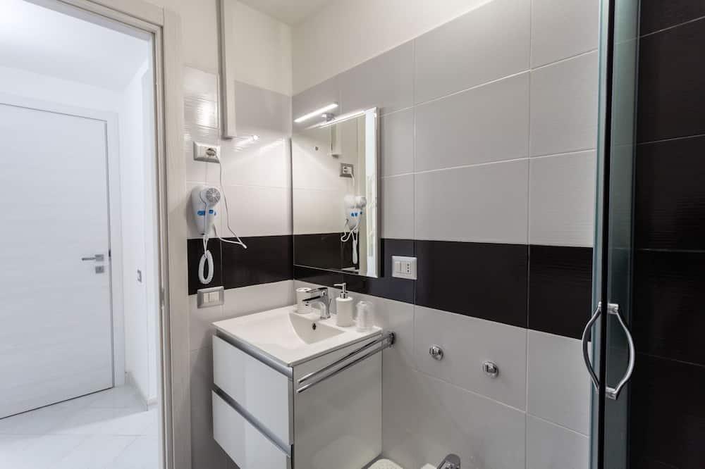 Двомісний номер (1 двоспальне або 2 односпальних ліжка) (Camera 4) - Ванна кімната