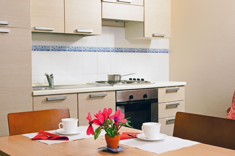 Soukromý byt s panoramatickým výhledem - Kuchyně na pokoji