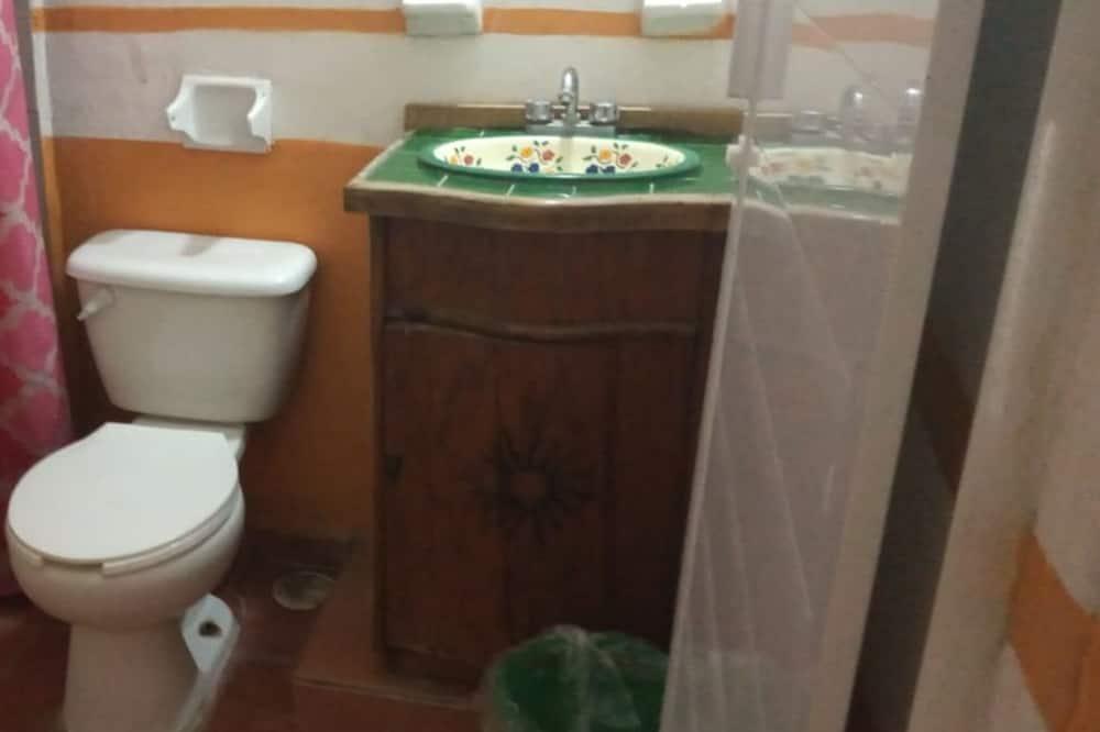 Сімейний чотиримісний номер - Ванна кімната