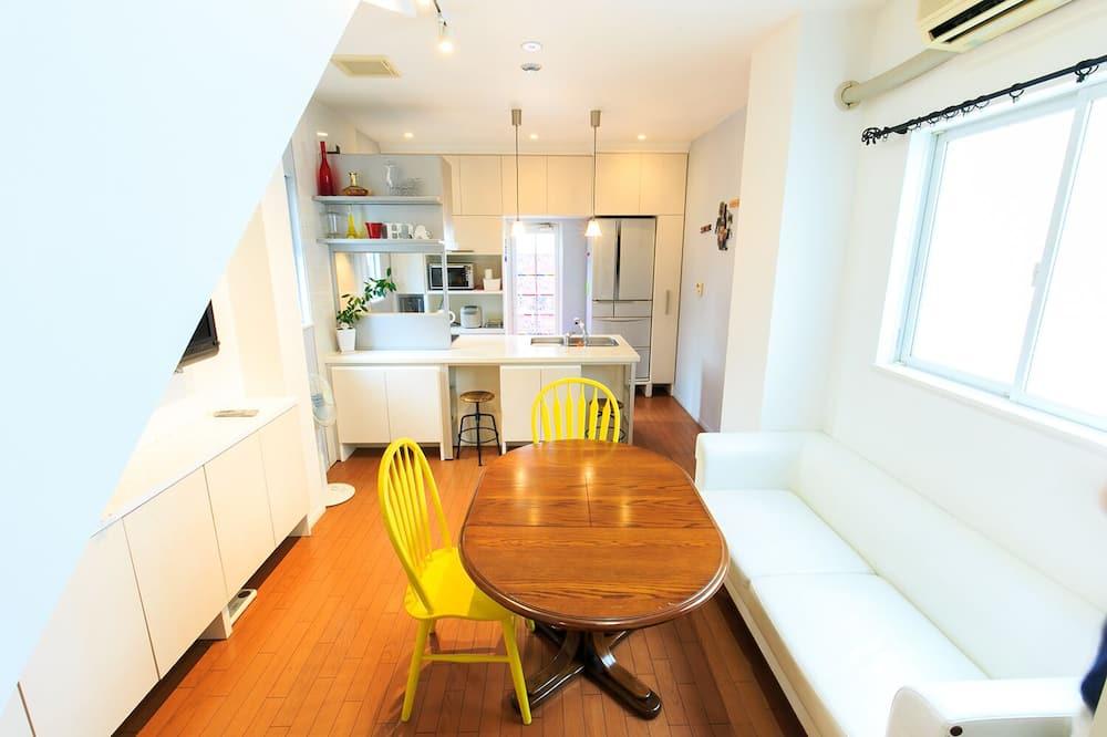 客房, 3 間臥室 (2A) - 客房內用餐