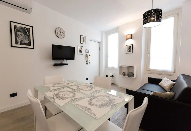 Cannes, Relaxation and Comfort Just a Stones Throw From La Croisette, Beaches, Restaurants, Cannes
