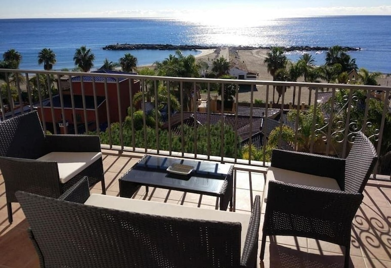 First Line Luxurious Penthouse in Puerto Banus, マルベラ