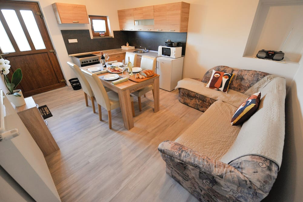 Apartment (One Bedroom Apartment Marjana) - In-Room Dining