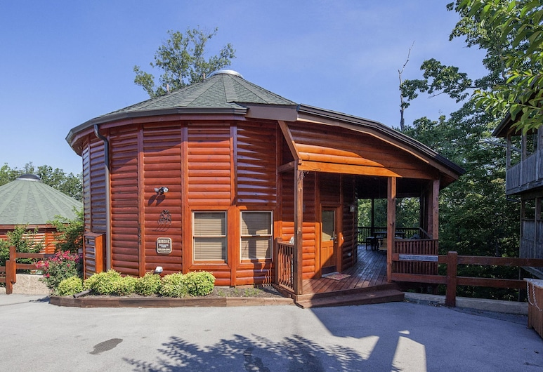 Declans View by Heritage Cabin Rentals, Sevierville