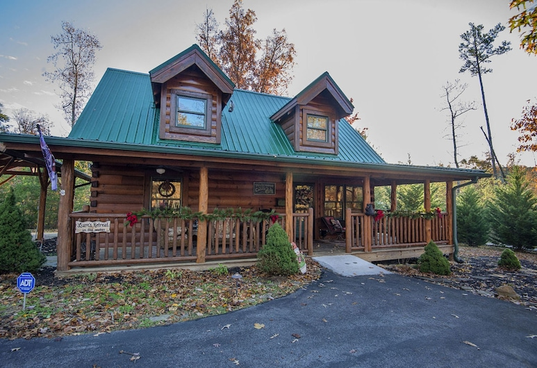 Liams Retreat by Heritage Cabin Rentals, Sevierville