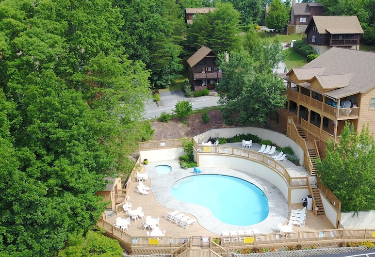 Moose Manor by Heritage Cabin Rentals, Pigeon Forge, Cabane, 3 chambres, Piscine