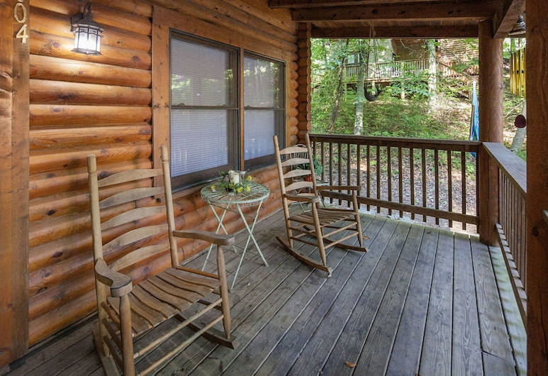 Mountains Majesty by Eagles Ridge Resort, Pigeon Forge, Stuga - 2 sovrum, Balkong