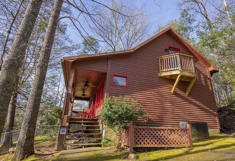 Simple Pleasures by Heritage Cabin Rentals, Gatlinburg