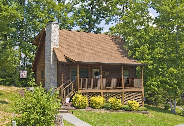 The Bear Cabin by Eagles Ridge Resort, Pigeon Forge