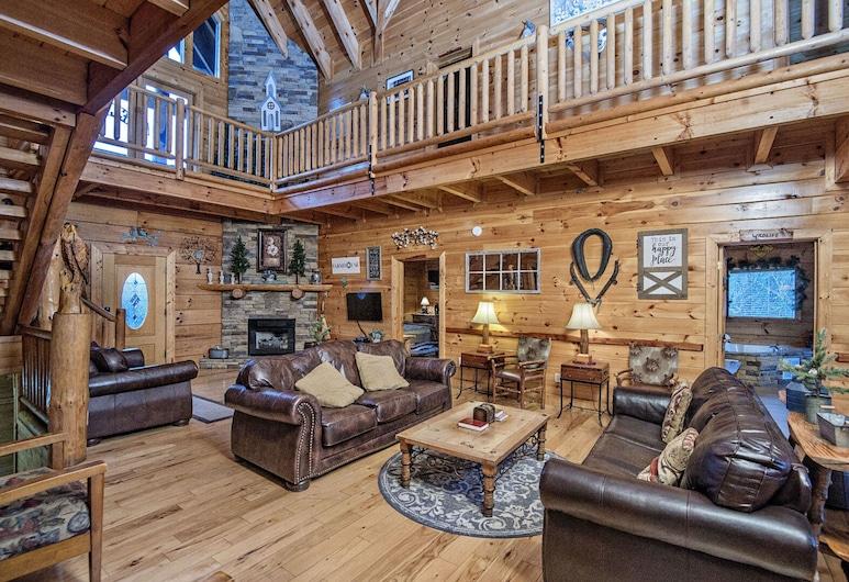 Wagon Wheel Lodge by Eagles Ridge Resort, Pigeon Forge, Kuća u prirodi, Više kreveta, Dnevna soba