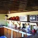 Classic Quadruple Room - Shared kitchen
