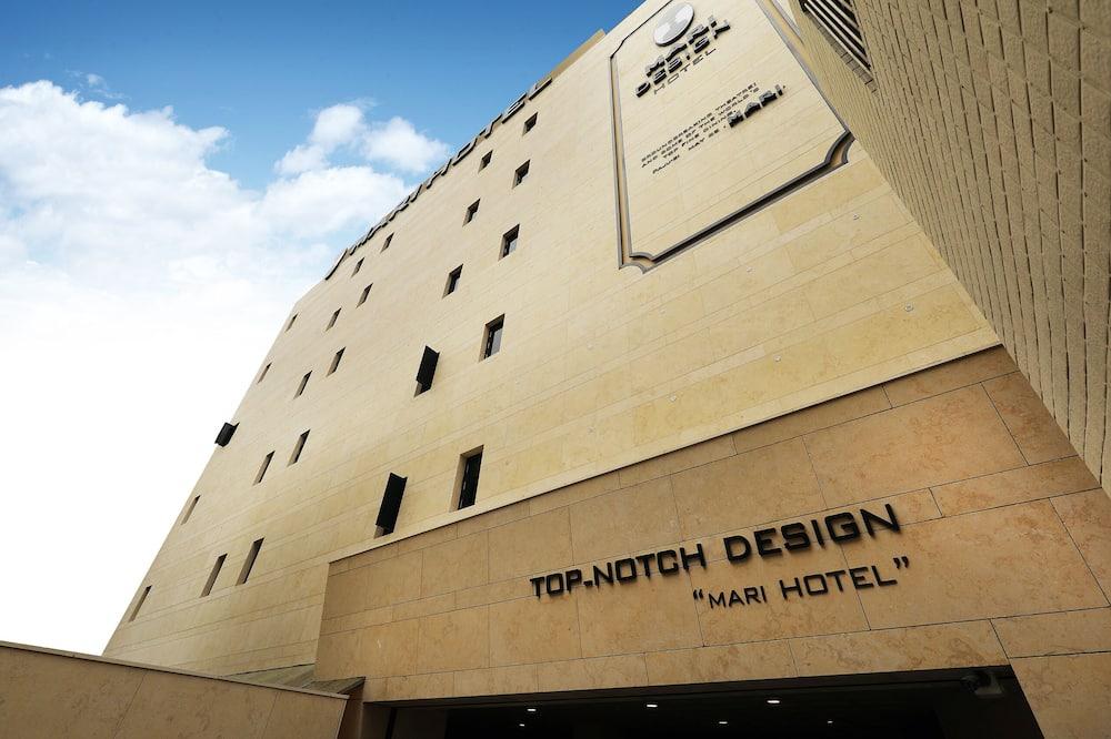 Mari Hotel