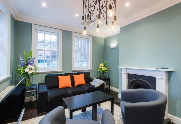 Elegant 2 bed flat close to Kensington Gardens, Λονδίνο