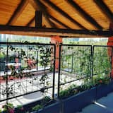 Traditional Double or Twin Room, Balcony, Garden View - Terrace/Patio