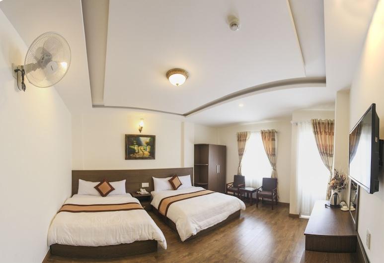 New Hampton Suits - Khách sạn Tầm Xuân, Đà Lạt, King Suite with Balcony, Phòng