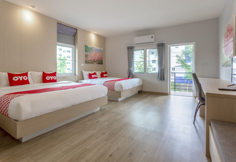 OYO 1053 Bloom Guest House, Chiang Mai, Family Suite, Guest Room