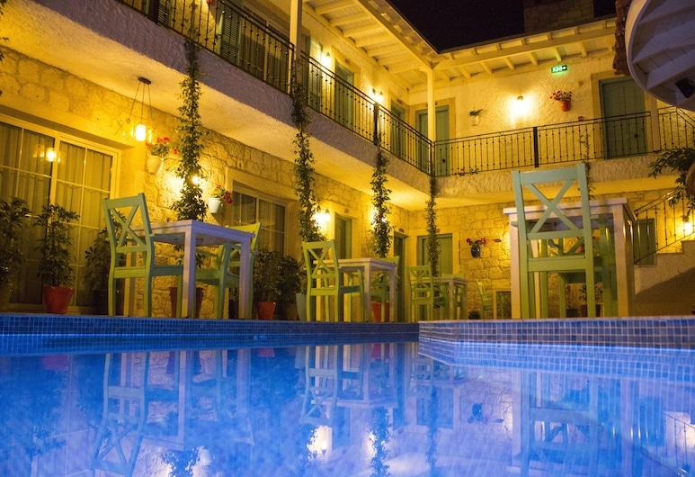 Avlu Alacati Butik Otel, Cesme, Pohľad na hotel – večer/v noci