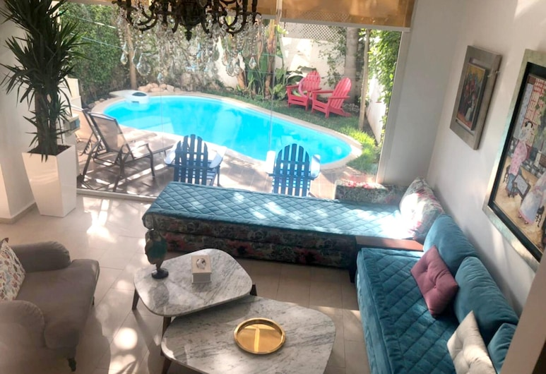 Villa With 2 Bedrooms in Casablanca, With Private Pool, Enclosed Garden and Wifi - 1 km From the Beach, Dar Bouazza