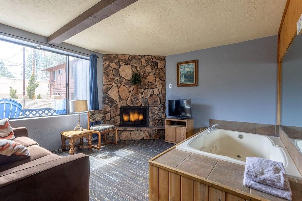 Kamar Klasik - Bathtub spa pribadi