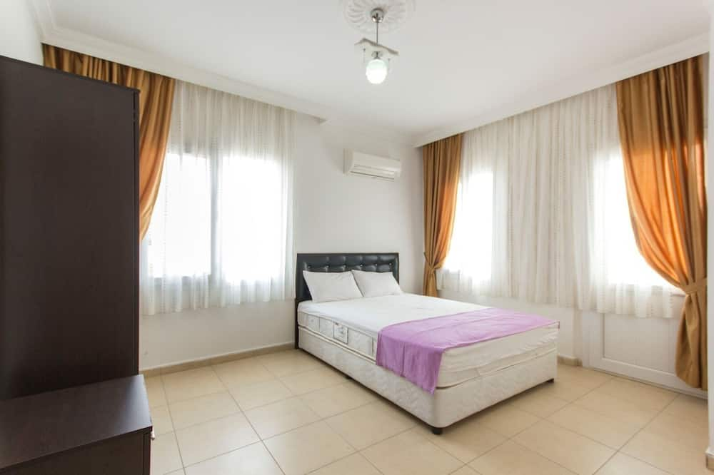ファミリー アパートメント 1 ベッドルーム - 客室