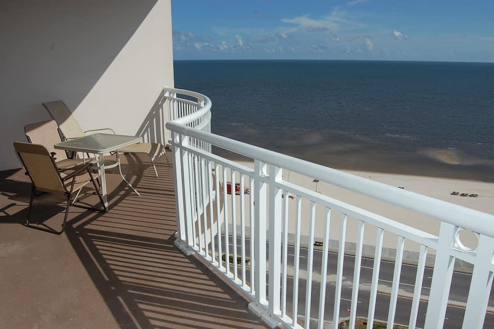 Appart'hôtel, plusieurs lits, piscine privée, vue plage - Balcon