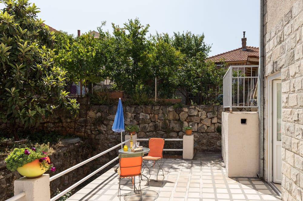 Einzelzimmer (Single Room with Shared Bathroom no2) - Balkon