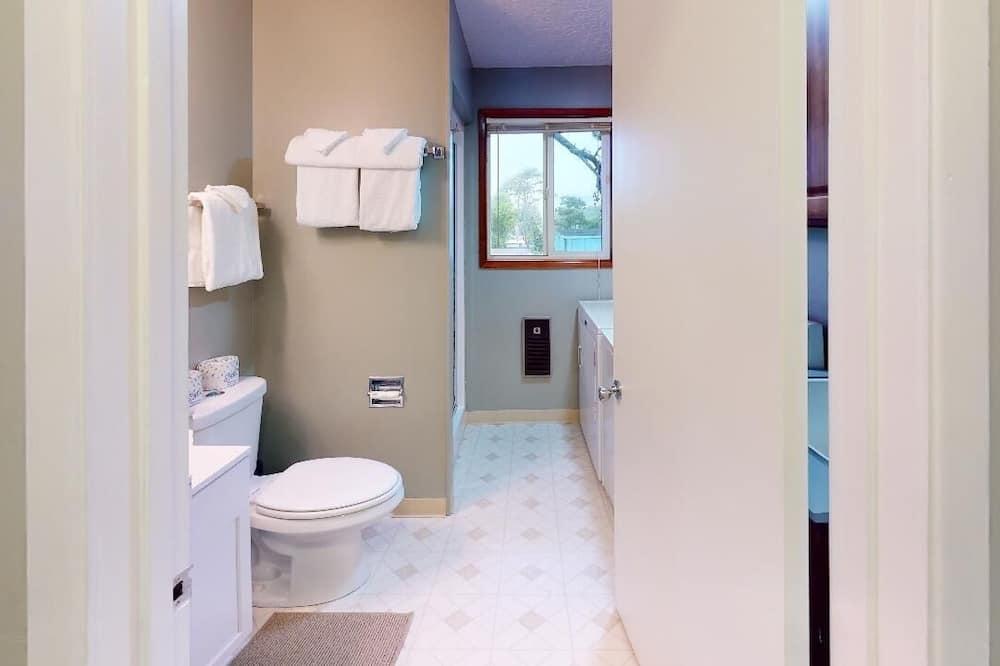 ハウス 3 ベッドルーム - バスルーム
