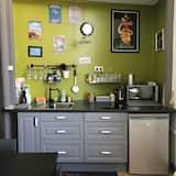 Μονόκλινο Δωμάτιο - Κοινόχρηστη κουζίνα