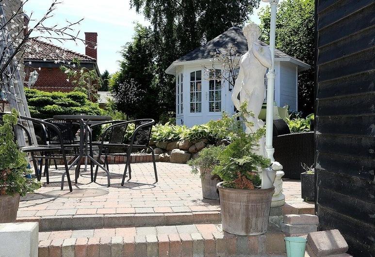 Vettebar Guesthouse, Gislinge, Terrace/Patio