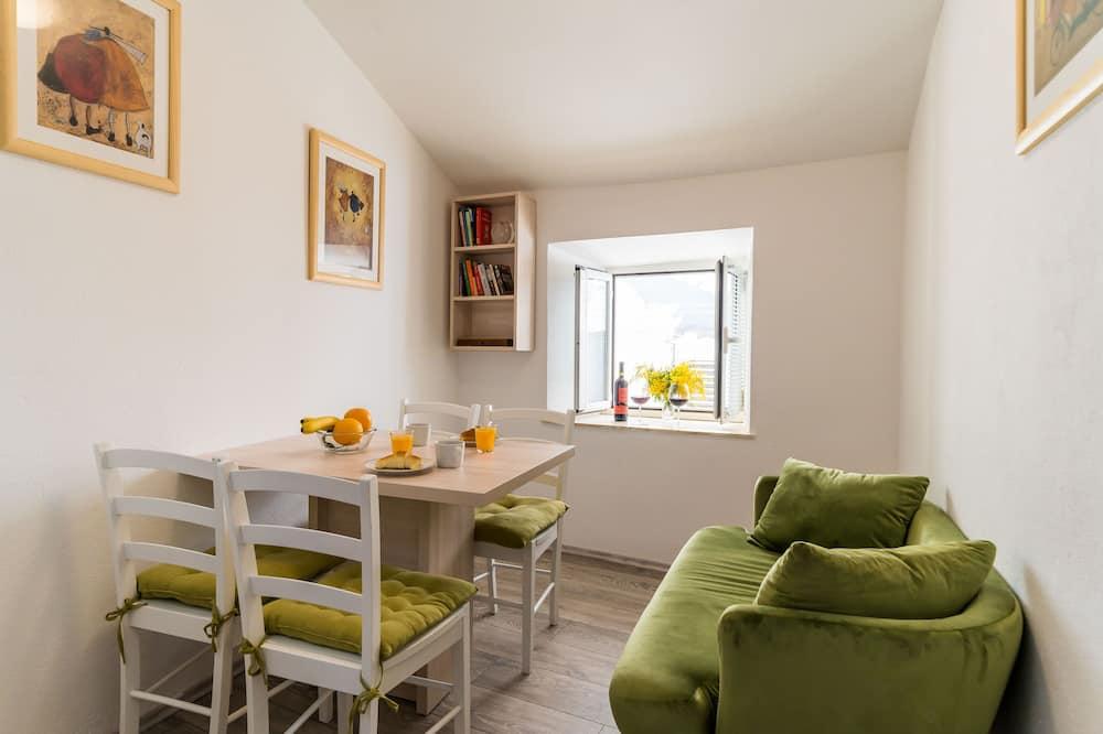 Apartmán (Superior 2 Bedroom Apt with City View) - Obývačka