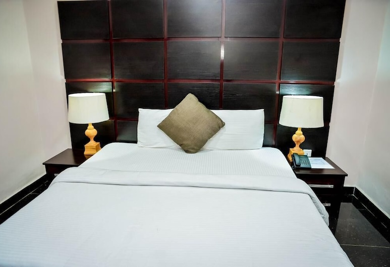 Crest Hotel, Jos, Basic Room, Guest Room