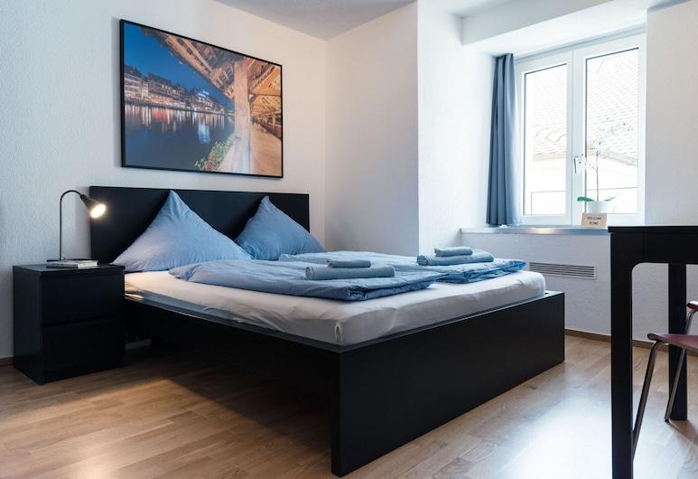 Hitrental Old Town Apartments, Lucerna, Habitación