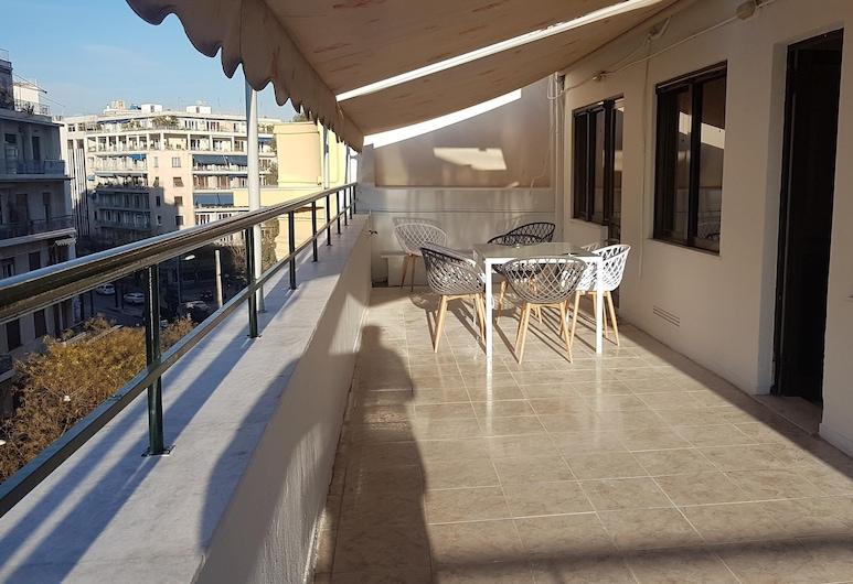 Erra - Alice Blue - Athens Center, 90m², Big balcony, 3 BD, 2 BATH, Atēnas, Ģimenes dzīvokļnumurs, trīs guļamistabas, divas vannasistabas, skats uz pilsētu, Balkons