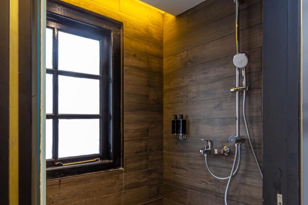 Ferienhütte, Gemeinschaftsbad (5 hrs (15:00pm - 20:00pm) Upper Cabin) - Badezimmer