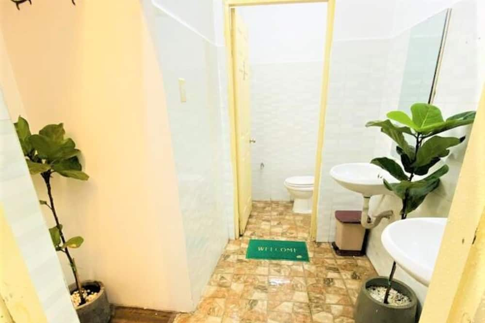 Gemeinsamer Schlafsaal, Gemischter Schlafsaal (8 Beds) - Badezimmer