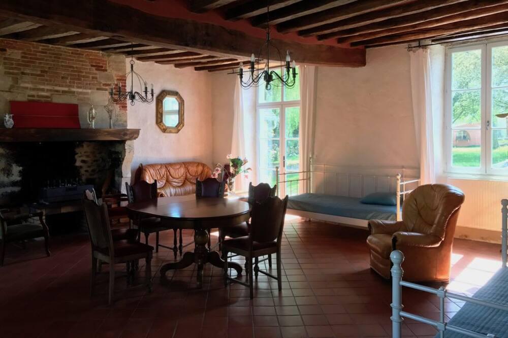 קוטג' (Les Hortensias) - אזור מגורים