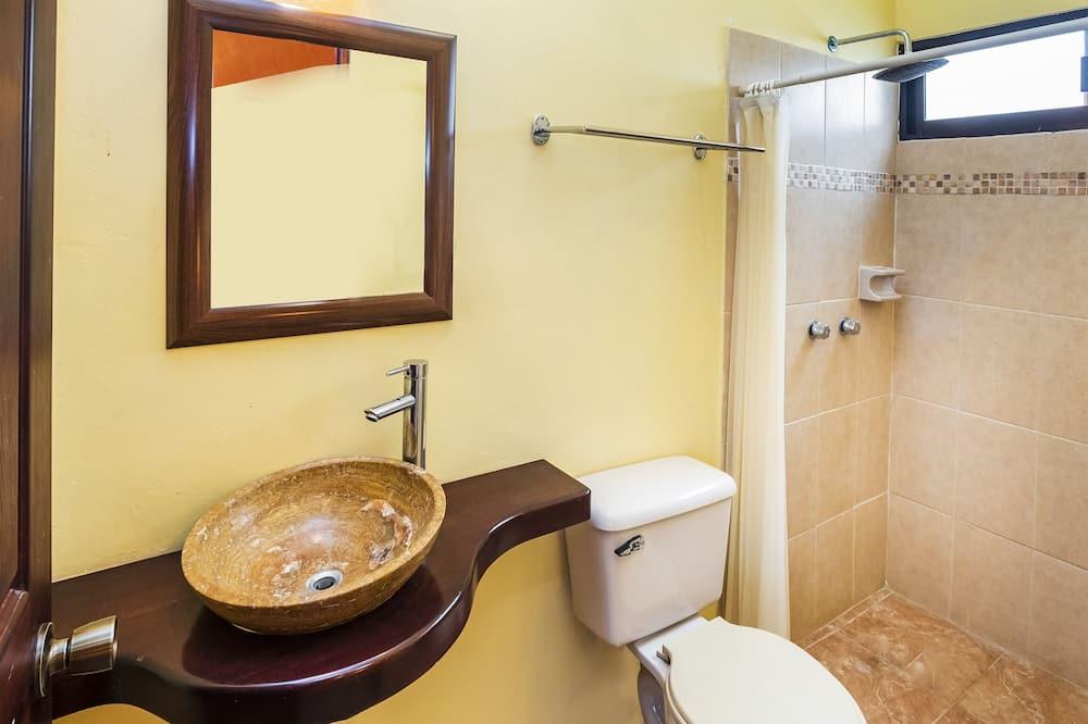 標準客房 (2 Double/Full Bed) - 浴室