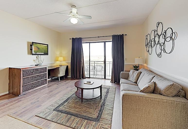 Top-floor Waterfront On Cape Fear River 1 Bedroom Condo, Wilmington