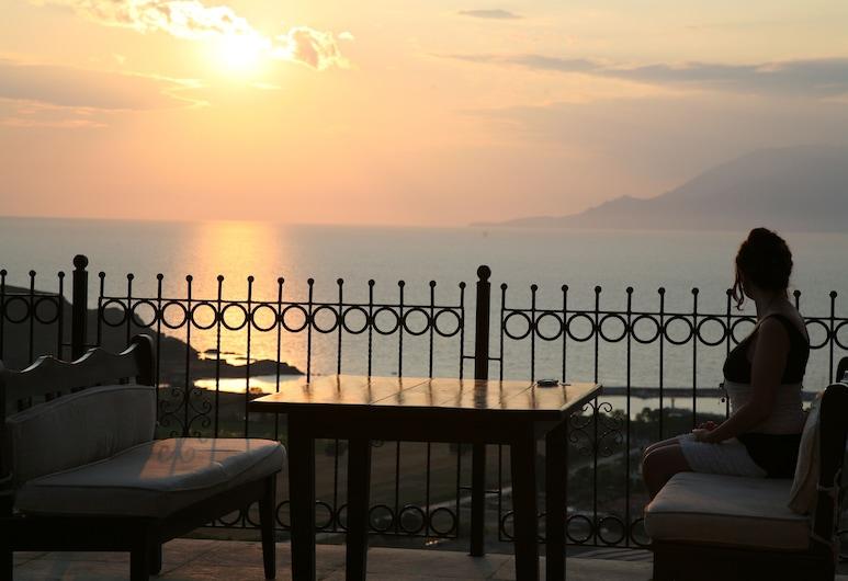 Egelia İmroz Otel, Gökçeada, Açık Havada Yemek