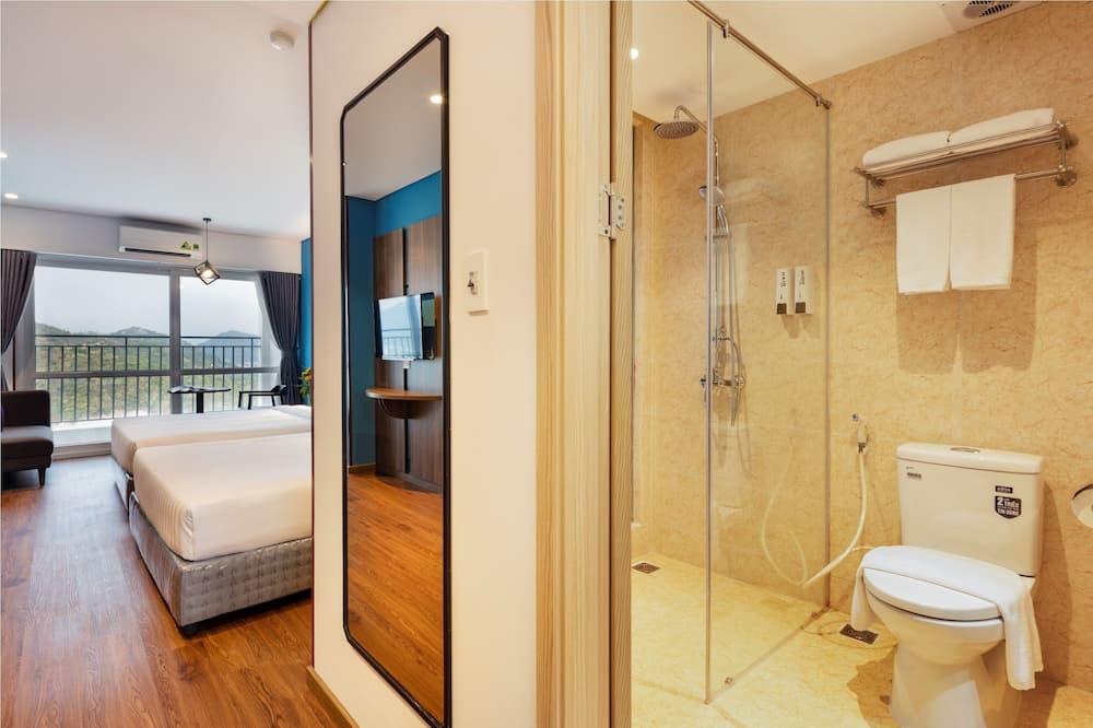 Deluxe-Zimmer, Bergblick - Badezimmer