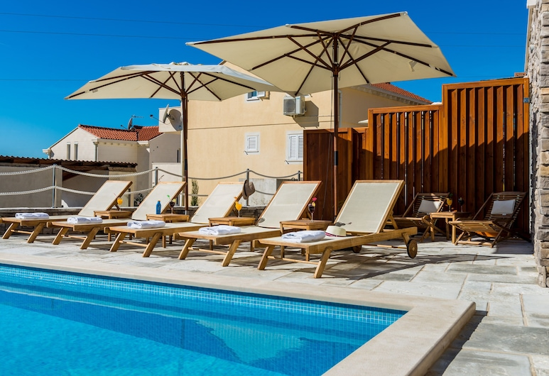 Apartment License to Chill, Zupa dubrovacka, Pool