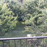 Skats uz dārzu
