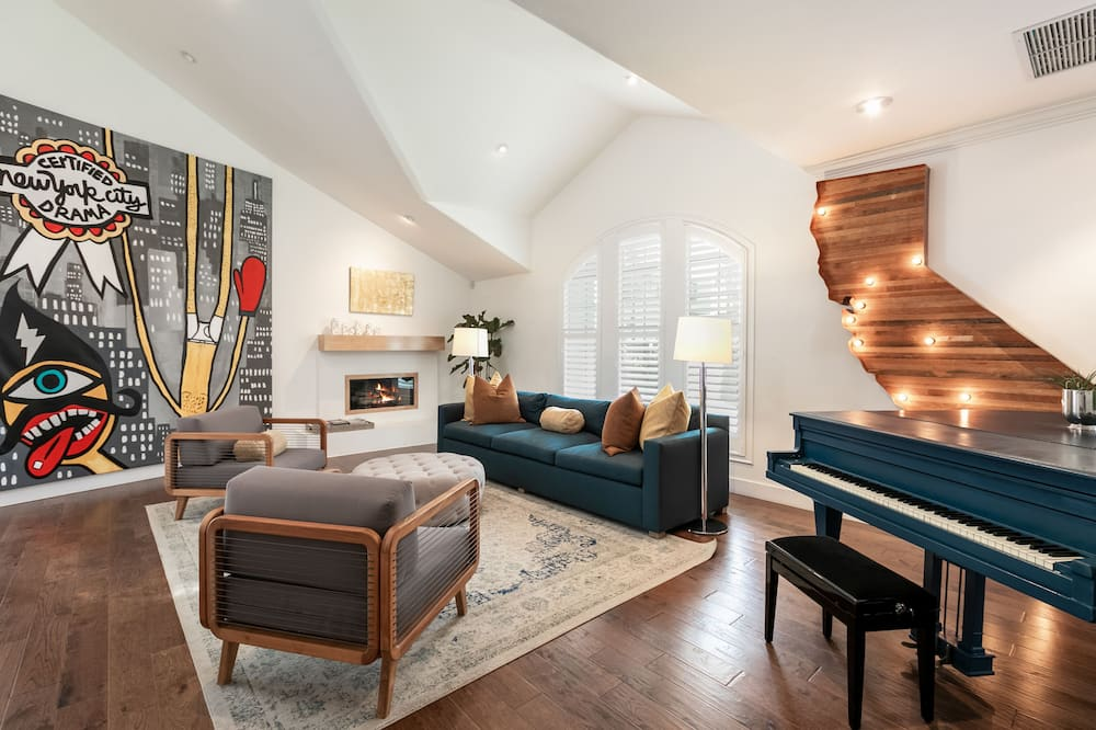 Villa, 5 Bedrooms - Imej Utama