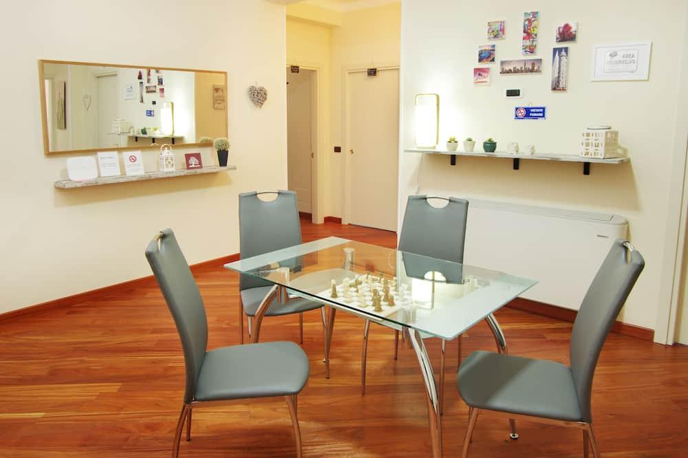 Luxury-Zimmer, 1 Schlafzimmer, Balkon, Meerblick - Wohnbereich